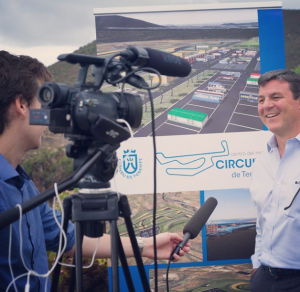 Interviewing former Formula One driver Mark Blundell in Tenerife