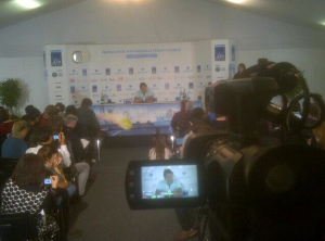 Shooting 17-time Grand Slam champion Roger Federer during his post-match press conference