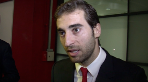 Mathieu Flamini reacts to Arsenal's first leg Champions League defeat against Bayern Munich